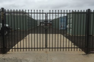 speartop-security-gates-1